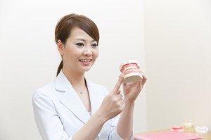 女性歯科医師によるカウンセリング