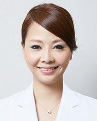 白石 文 女性歯科医師
