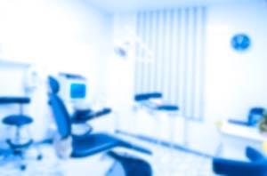 セラミッククラウン治療の歯医者選び4つのポイント